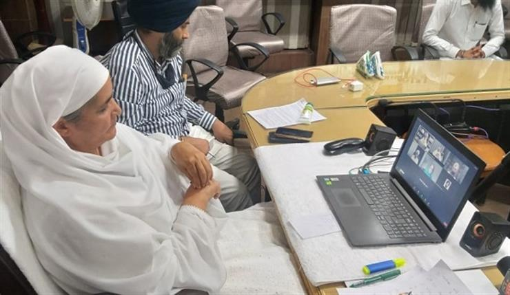 Jagir Kaur discussed the issues of Sikhs around the world as well as the preservation of Sikh heritage