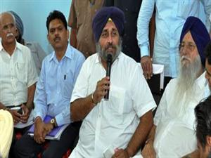 <p>Sukhbir Singh Badal is addressing a press conference at Sri Goindwal Thermal Plant&nbsp;</p>
